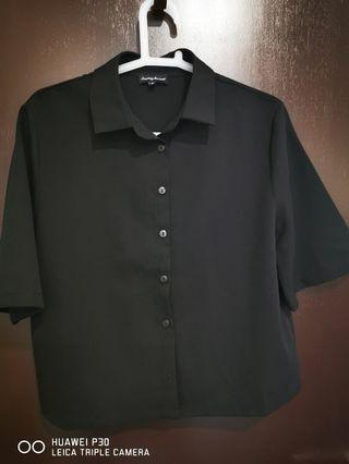 Black pleated top blouse