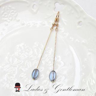 <Ladies & gentleman>金色長條深藍楕圓珠珠穿式耳環(可改夾式)