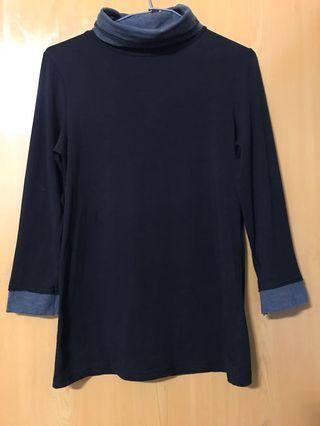 黑配灰反領七分袖上衣(全彈性)