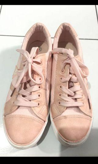 #mauovo Pink Sport shoes