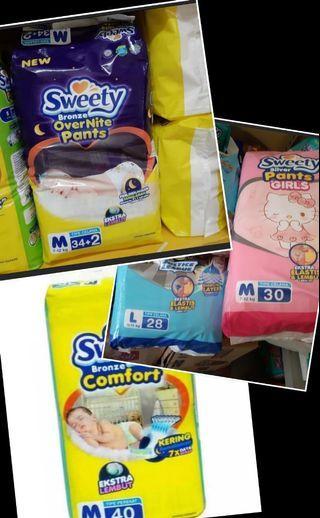 Berbagai merk pampers sweety.