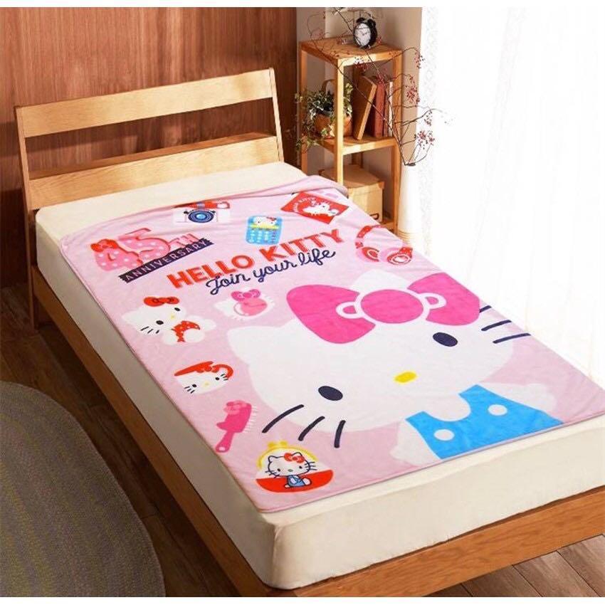 正版授權 三麗鷗 HELLO KITTY 凱蒂貓 45週年限定 大法蘭絨毯 法蘭絨毯 毯子 蓋毯 披毯 懶人毯 冷氣毯