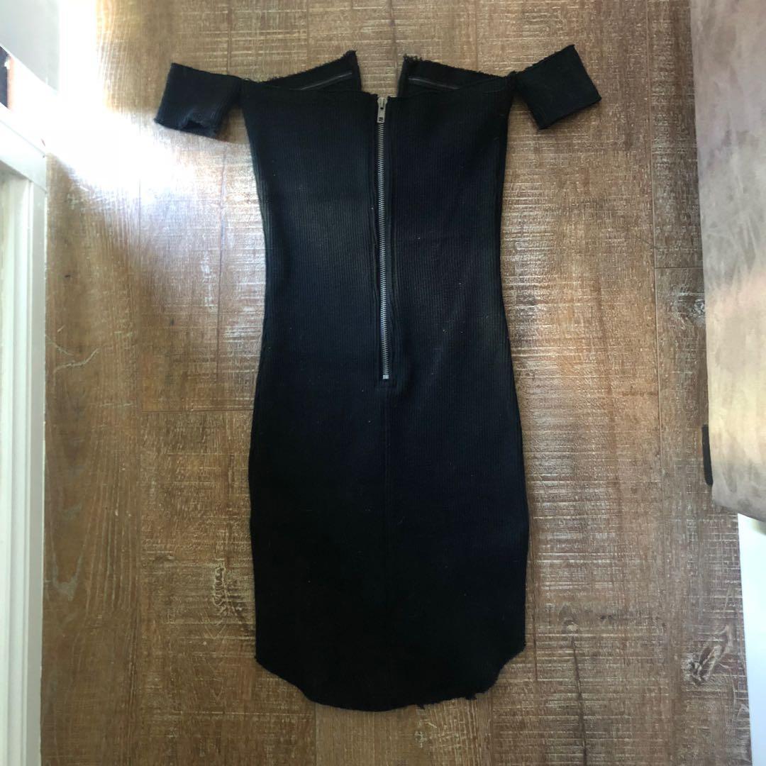 Black off shoulder v-neck dress