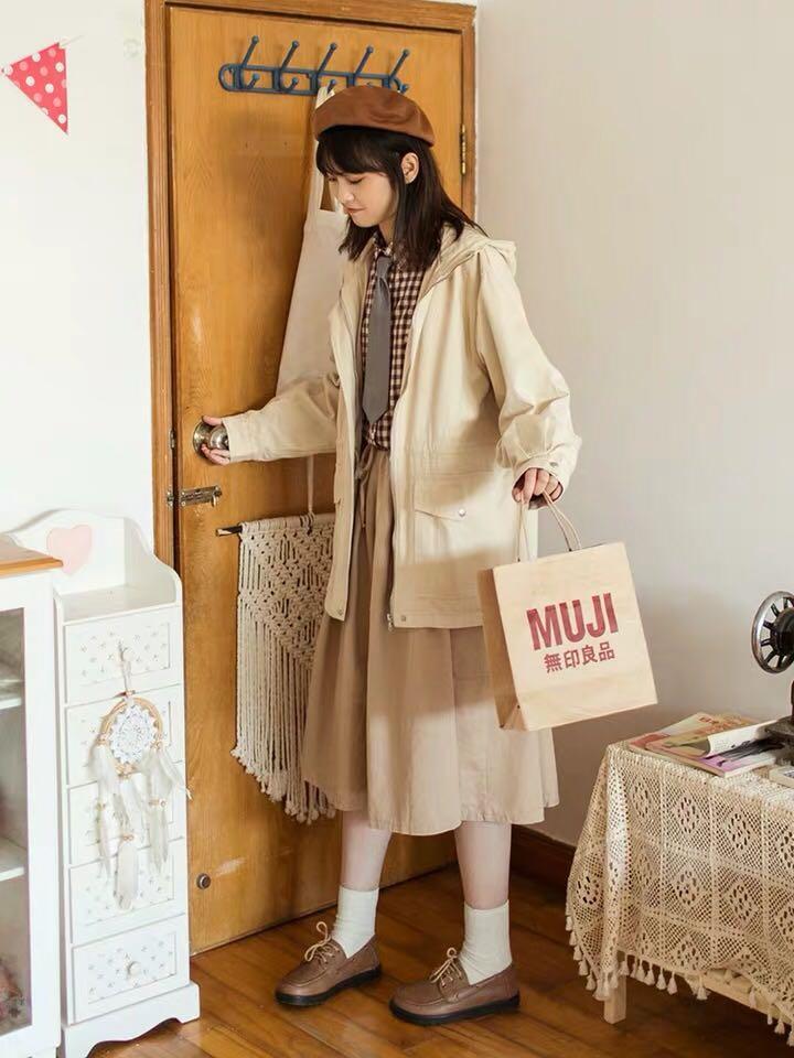 日系森女系杏色oversize寬鬆抽繩連帽外套