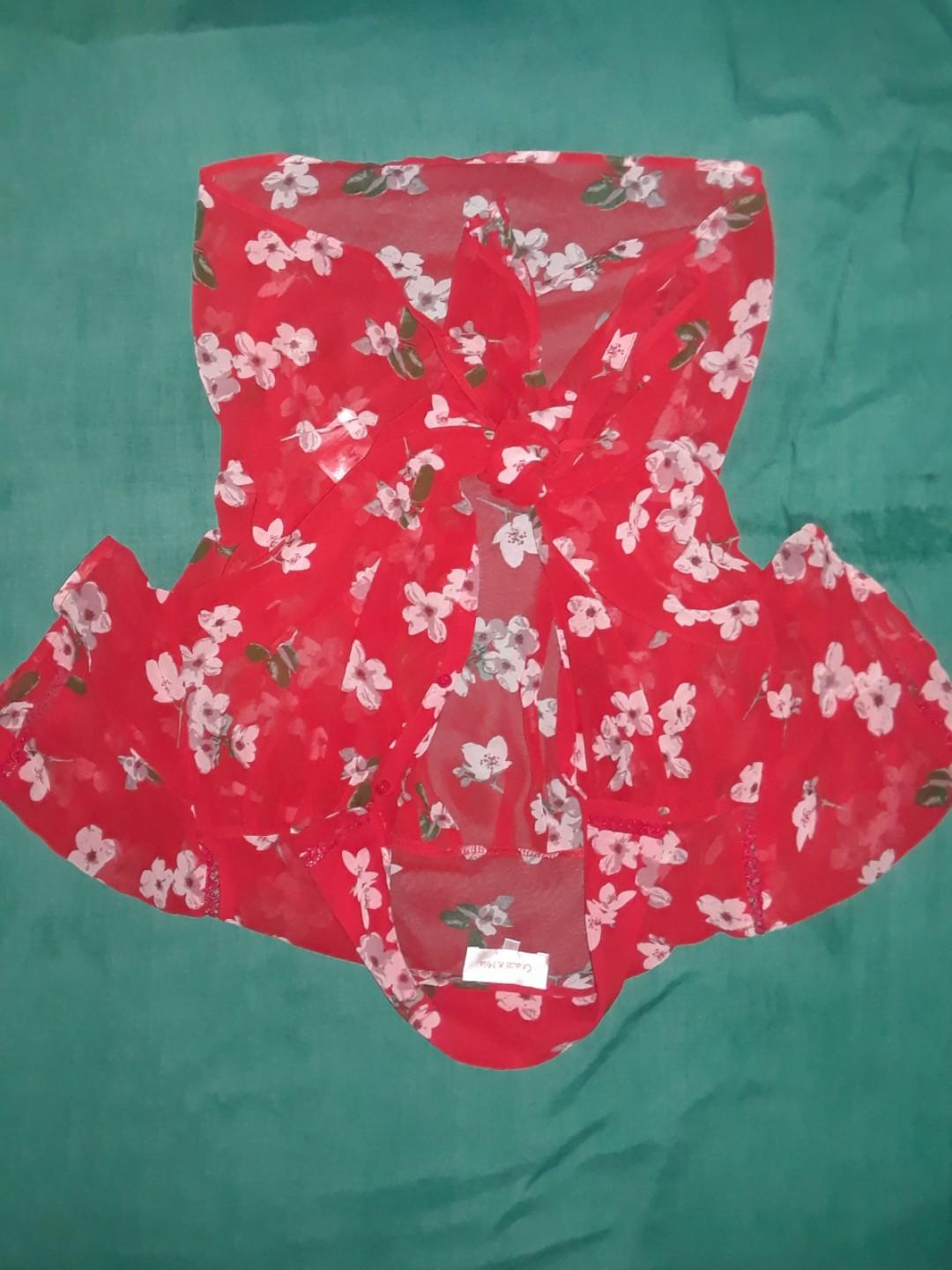 Red one size (or medium) front tie /button up floral Hawaiian print T shirt cute sheer