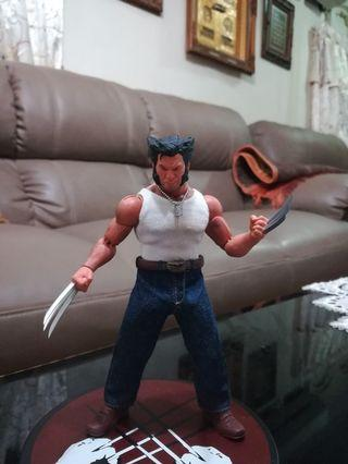 Mezco One 12 Logan