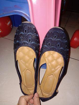 Preloved sepatu patrizio size 37
