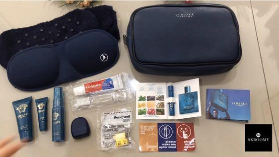 Amenity Kit Versace by Turkish Airlines colour Navy
