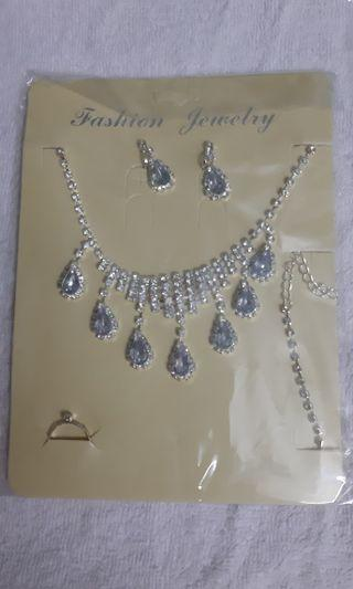 Fashion Jewellery - Necklace, Earring & Ring