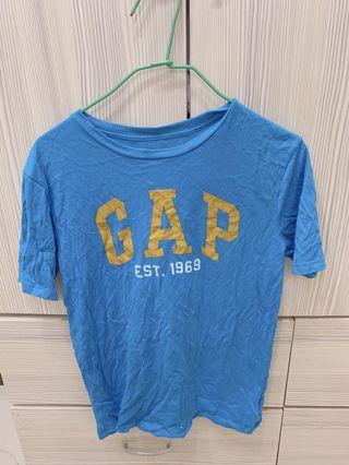 Gap上衣