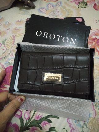 Dompet Oroton baru