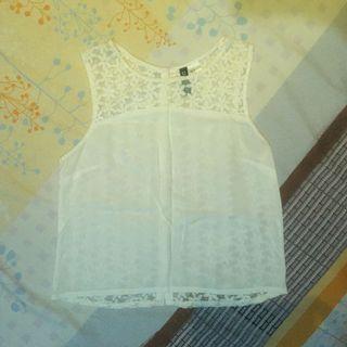 white tops H&M