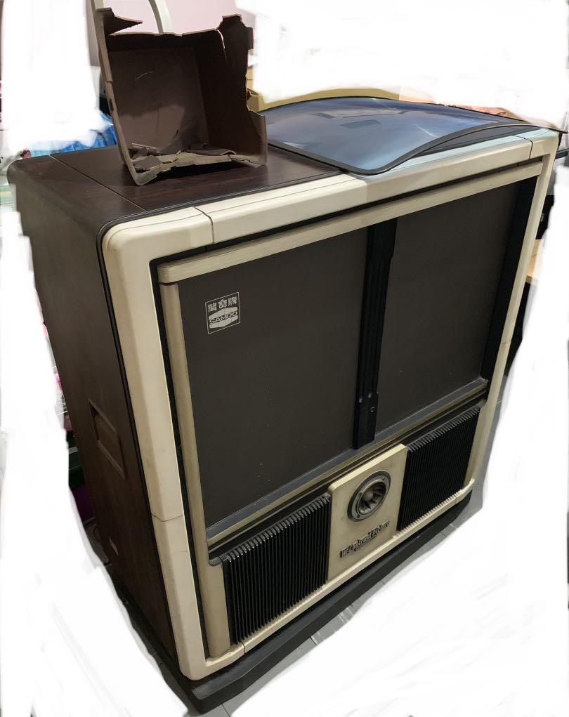 聲寶 拉門電視機 + 聽TAPE 稀有老物 背後塑膠殻已脆化 請細看照片 因運送問題請勿直接下標