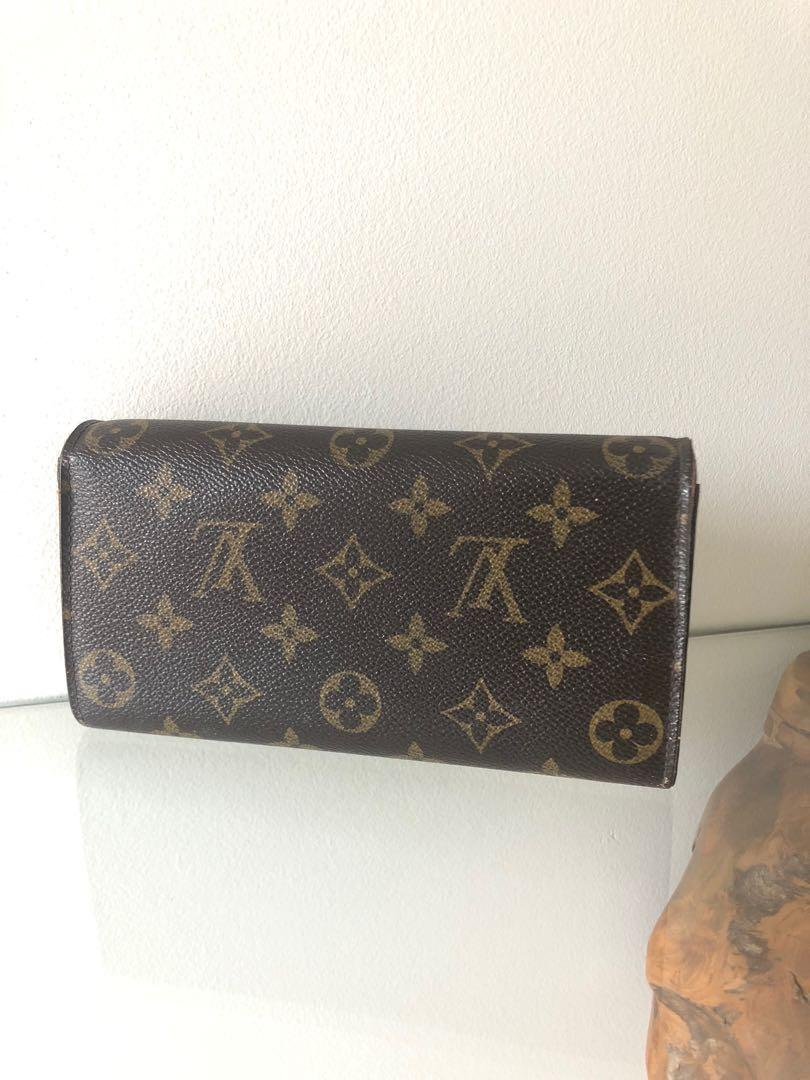Authentic Louis Vuitton Monogram Sarah Wallet Purse