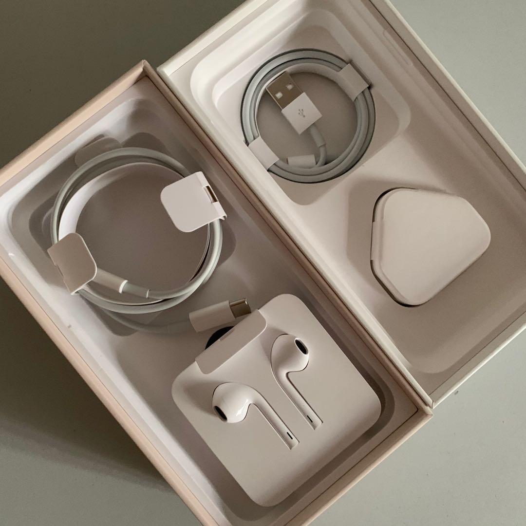 BN Apple iPhone Accessories