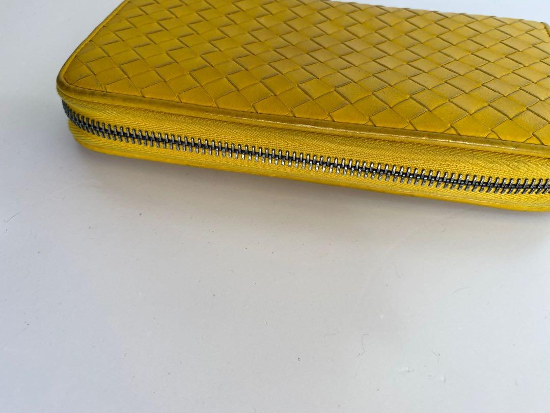 Bottega veneta long wallet. 100% real.goo condition