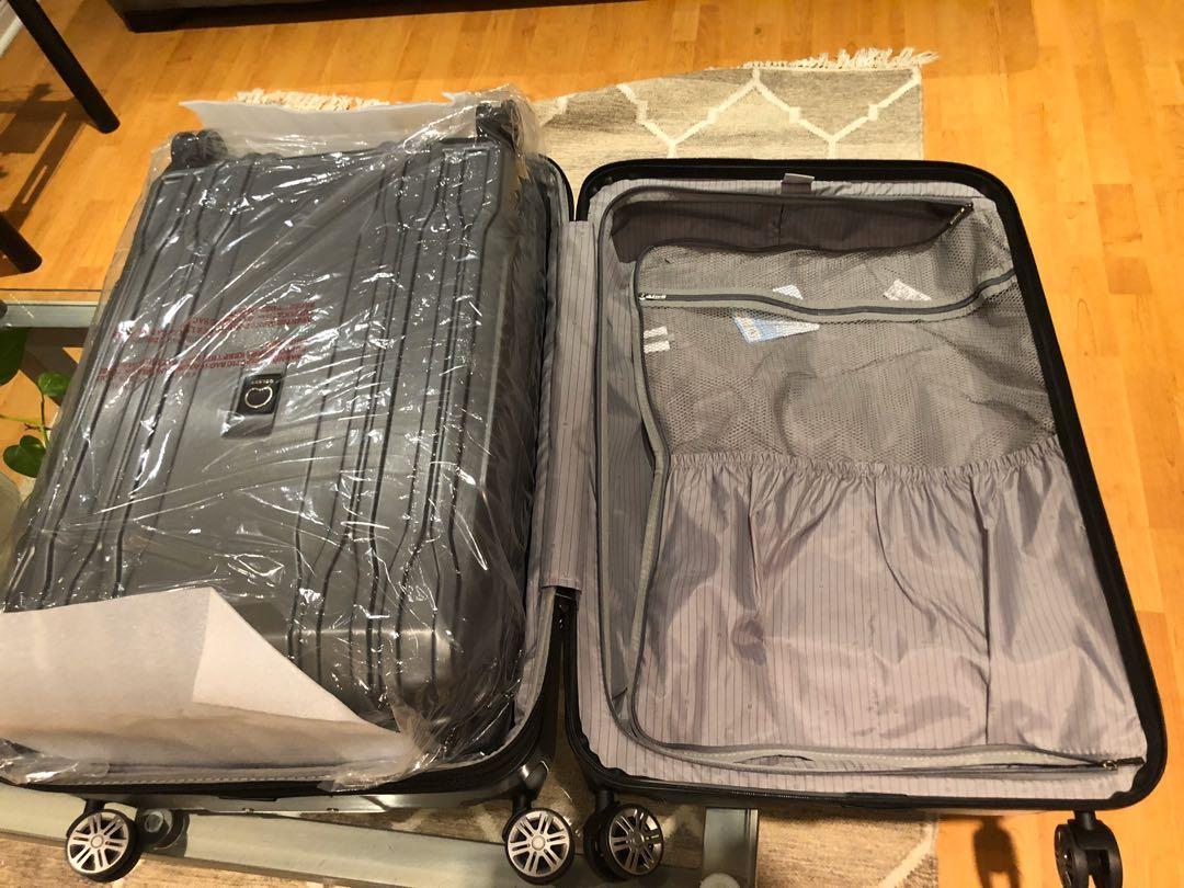 Brand new in box 3-piece Delsey Eclipse Lite Luggage set