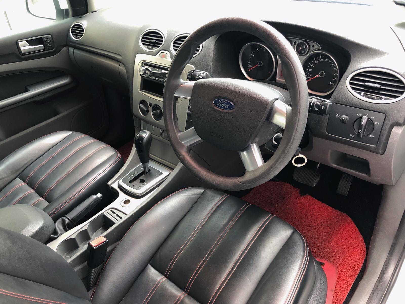 $50 Ford Focus 1.6a*TOP CONDITION*conti car BEFORE GOJEK REBATE Altis Car Axio Camry Honda Civic Cars Hyundai Avante Grab Rental Gojek Or Personal Use Low price and Cheap