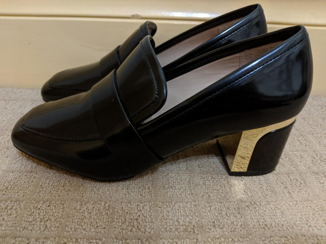 Mimco carve heel loafer