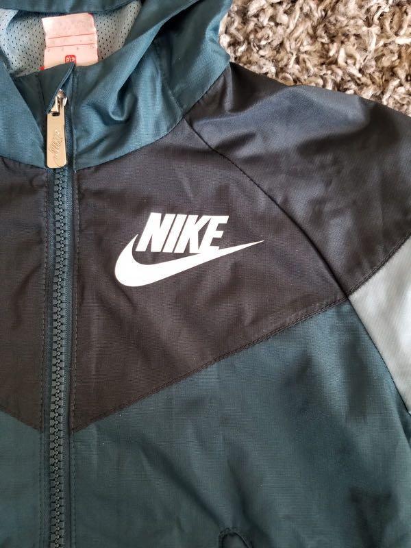 Nike Boys Windbreaker 男孩風褸 4-5 yo