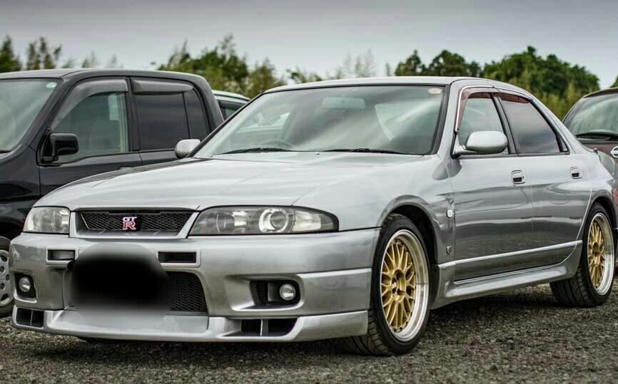Nissan Skyline R33 GTR bodykit tiptop condition