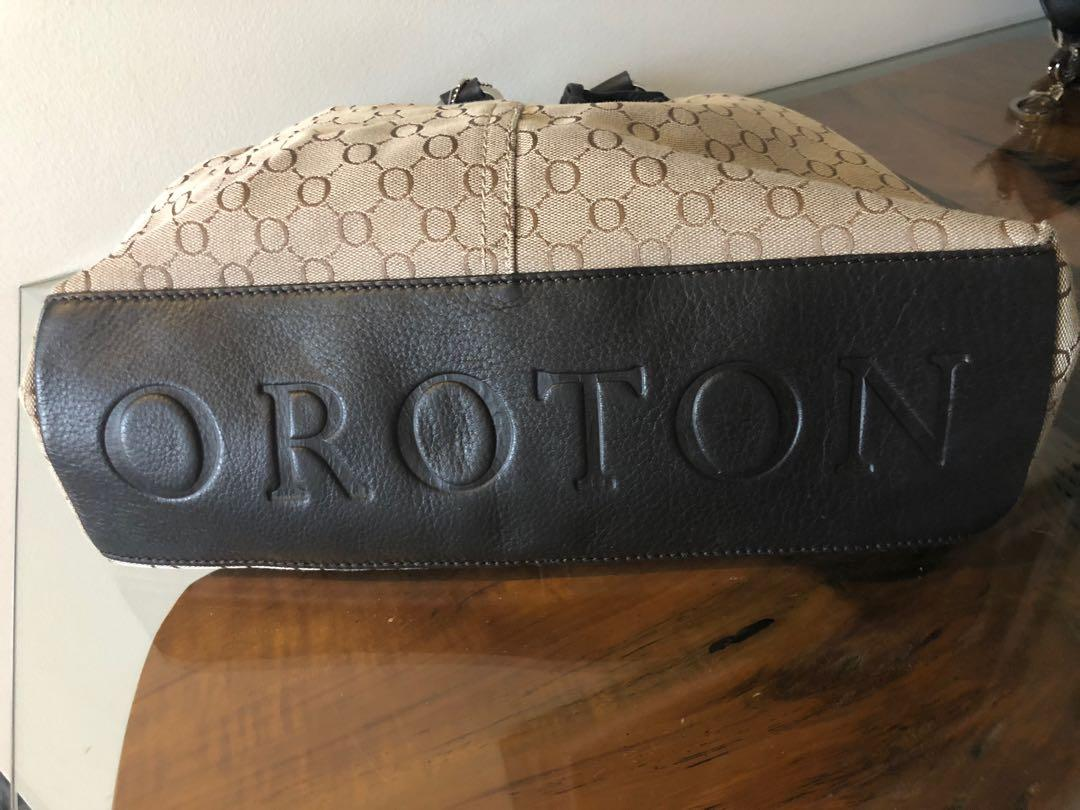 Oroton Signature Essential Tote Bag overnight cosmetic wallet purse set
