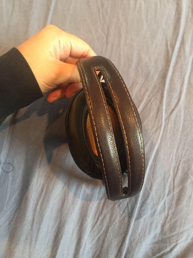 Sennheiser Momentum 2.0 Wireless Headphones Over Ear Ivory