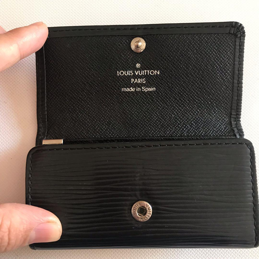 100% Authentic Louis Vuitton Epi Black Leather 4 Key Holder with Certificate