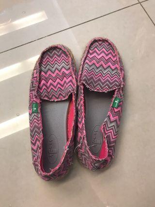 二手 草編鞋