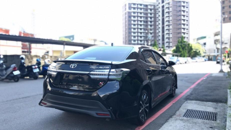 2018年 Toyota Altis 1.8 X版《黑配黑》