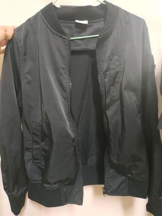 Caco 黑色飛行外套