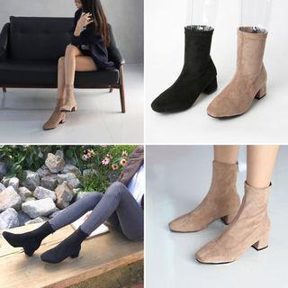 韓國時尚絨面後拉鍊短靴