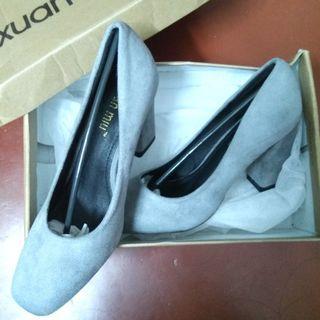 Brand New Women Heel