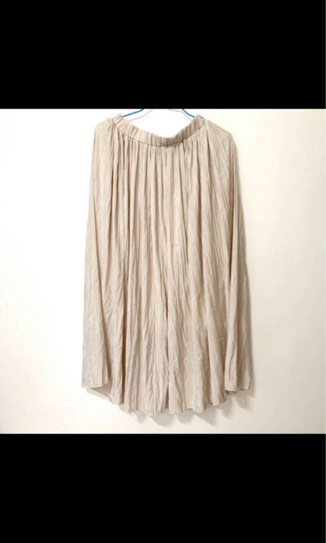杏白色韓版半身裙百褶裙 極新