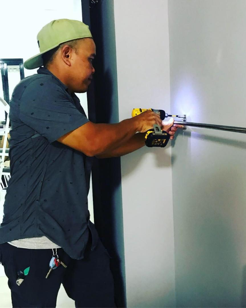 Affordable handyman 'hole drilling, tv mounting, furniture essemble etc' please enquire for quotation. Pm me photos/details/location 88081297- Rizal