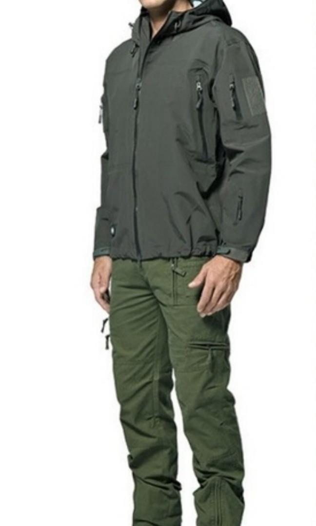 Camouflage Military Tactical Jacket, Men's Soft Shell Waterproof, Windproof Winter Hooded Coat