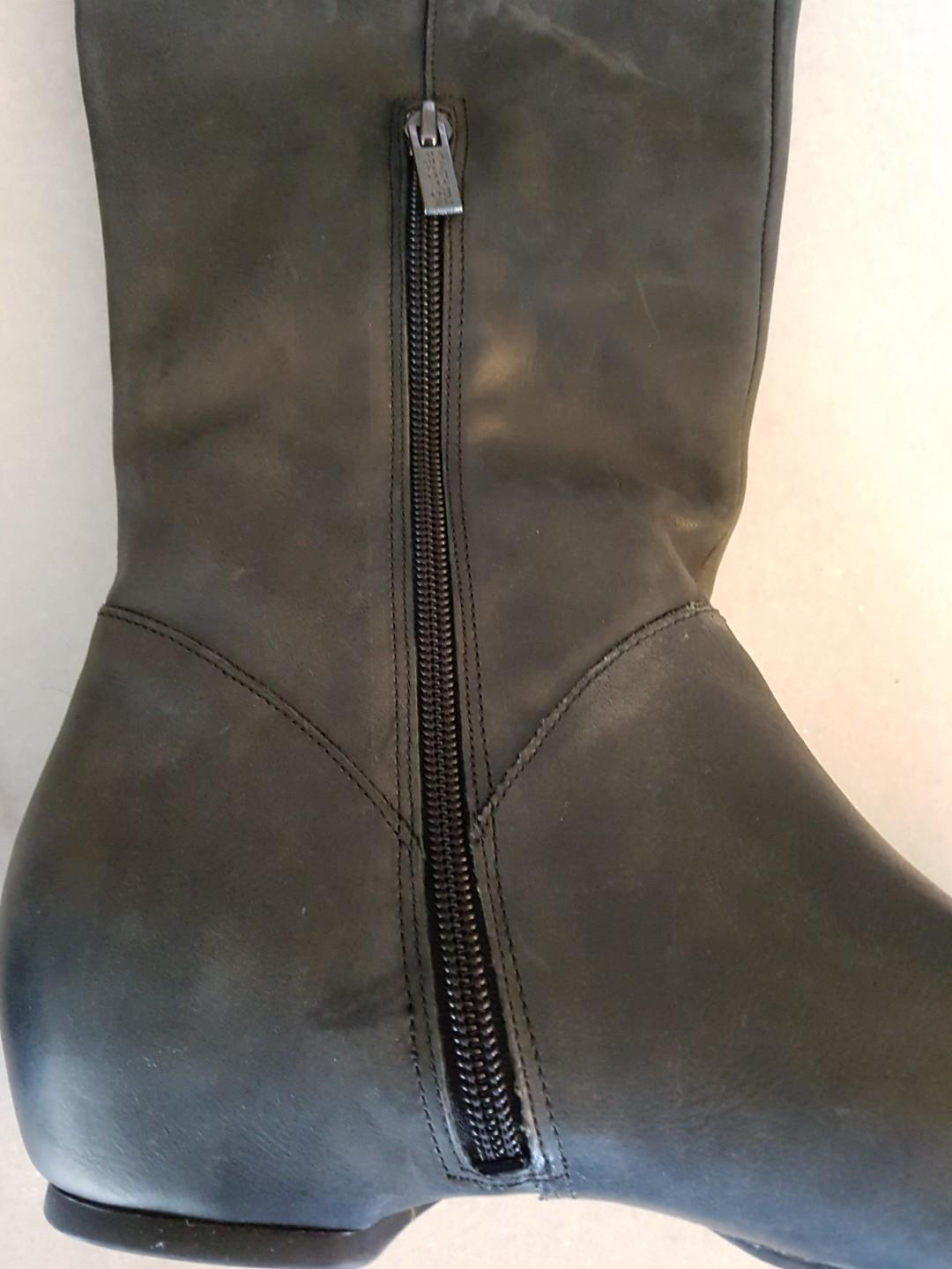 Kenneth Cole Reaction Women's Bard Trick over the knee boots, size 8