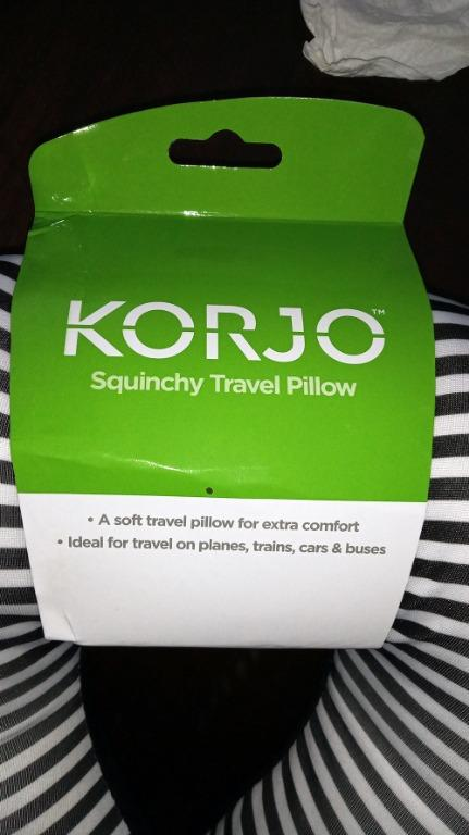 Korjo squinchy travel neck pillow striped black white NEW