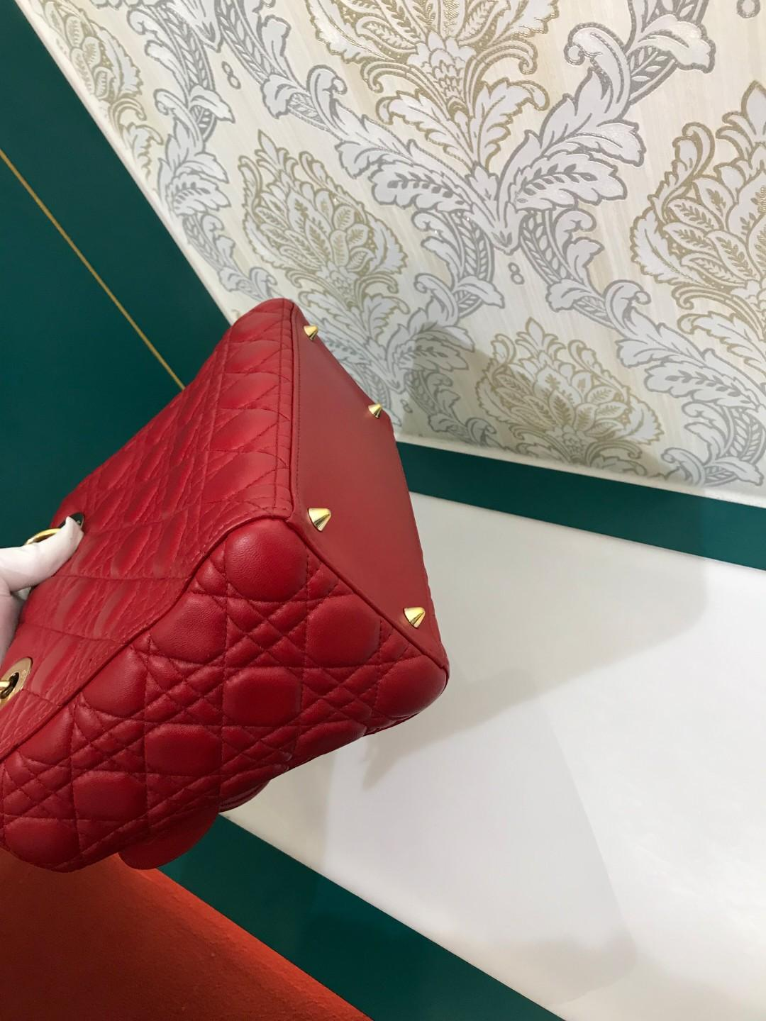Superb Deal✨Lady Dior Medium lamb Red with GHW