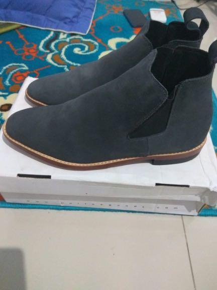 Portee Goods Chelsea Boots Grey Suede