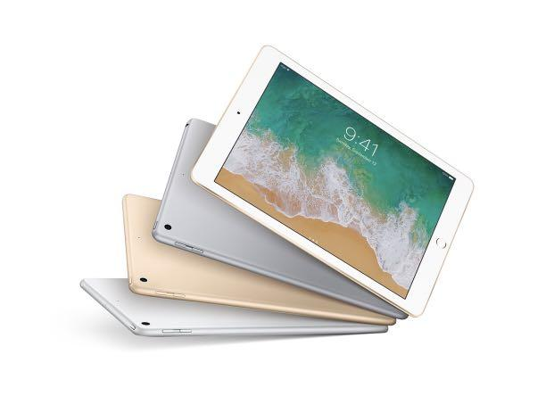 "SEALED iPad 128GB WiFi 9.7"" 2017 Gold#KHNZ89A"