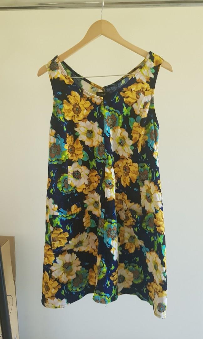 Size 10 Vintage Style Shift Dress