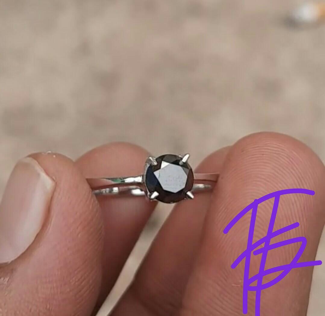 Solitaire Black Diamonds Kualitas