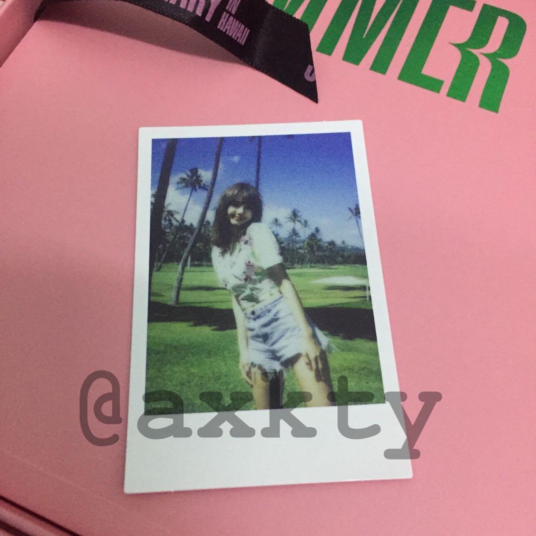[WTS] BLACKPINK - SUMMER DIARY IN HAWAII (LISA Photocard / Polaroid)