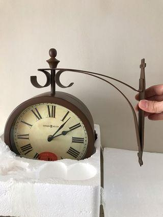Jam Dinding -Double Sided Clock