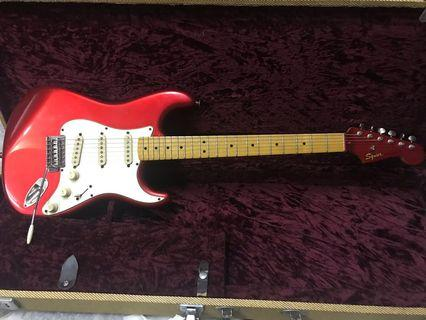 Squier Classic Vibe Stratocaster '50s (Candy Apple Red) Matching painted headstock