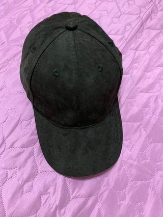 黑色麂皮帽子