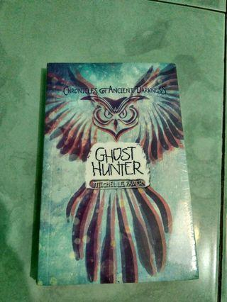 Novel seri Ancient Darkness Ghost Hunter by Michelle Paver