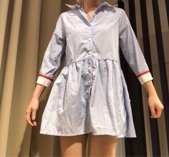 藍色直條短裙(實穿照)