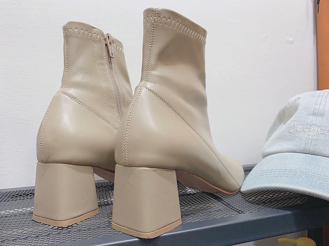 中線造型拉鍊靴